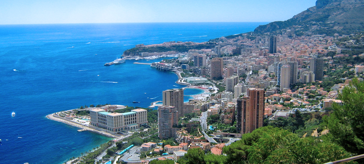 Agosta is an anglo-italian construction company based in Monaco, specialised in renovating luxury villas and appartments and active throughout the Cote D'Azur.